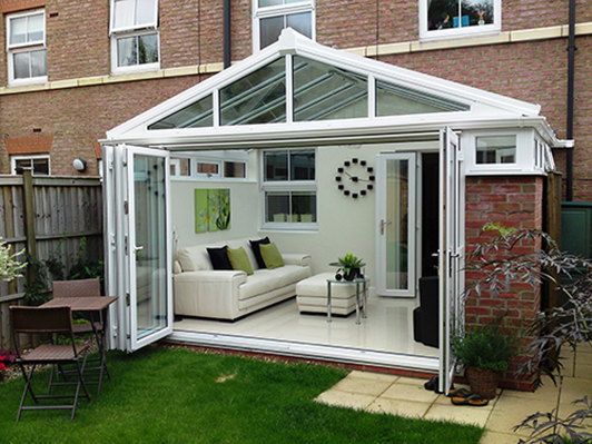 Conservatory in Walnut Tree