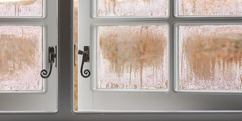 condensation on traditional windows